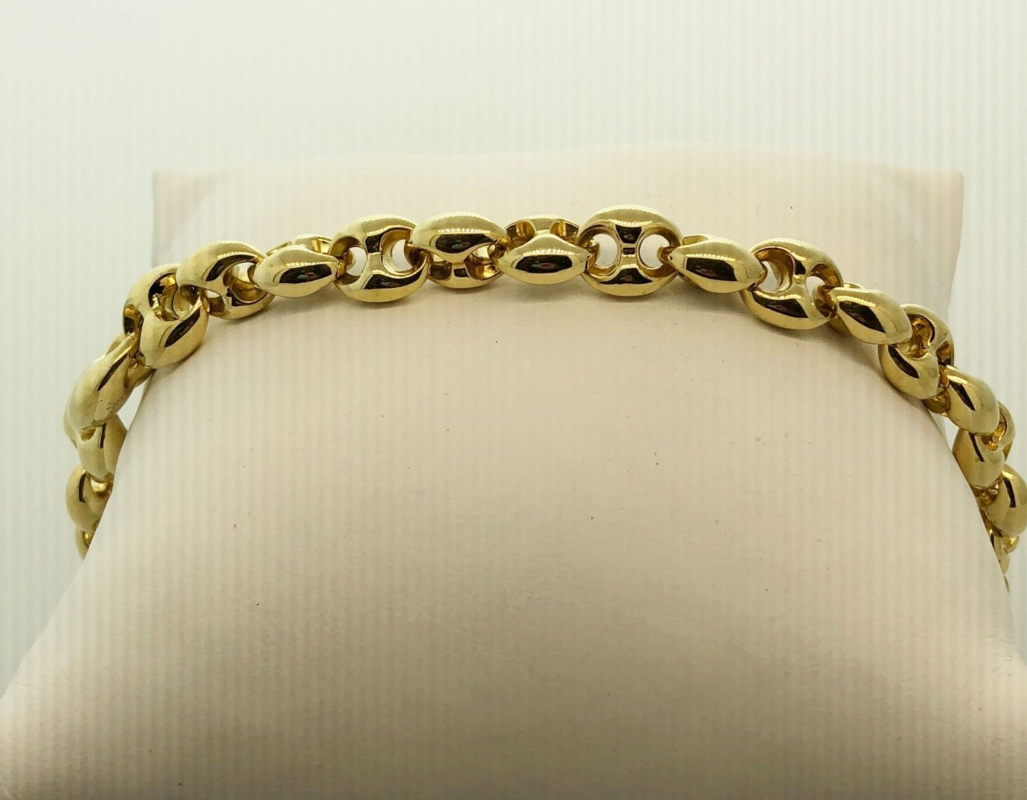 "Gucci 18k Yellow Gold Marina Horsebit Bracelet, 7.5"" What determines the value of your gold?"