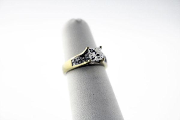 1.29CTW, 18K GIA Certified engagement ring