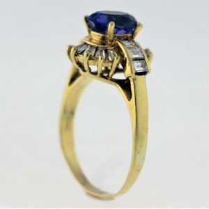 1.08CTW, 18K Yellow Gold Ring