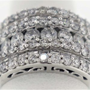 3.18 Carat Weight, White Gold 11.6G Ladies Ring