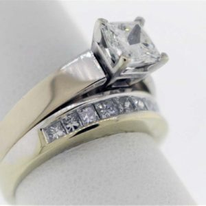 1.03CTR, 1.66 Carat Weight, White Gold Wedding Set