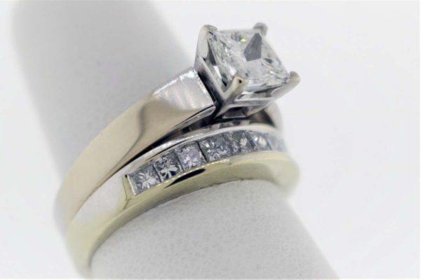 1.03CTR, 1.66 Carat Weight, White Gold Wedding Set