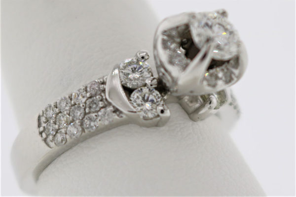 Lady's 5.4G Diamond Engagement Ring in White Gold