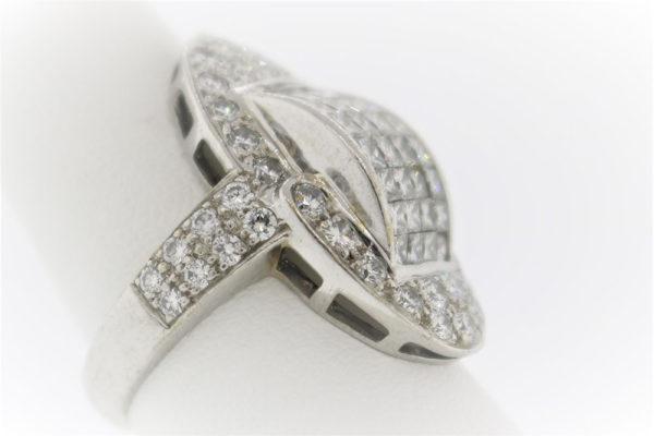 Lady's 10.0G Diamond Fashion Ring