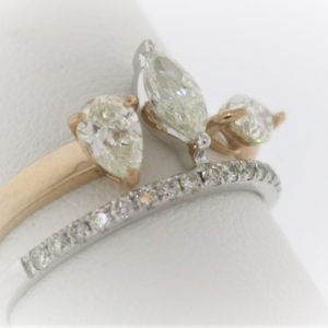 4.2G Wedding Set in 18 Karat Yellow Gold