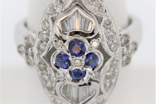 Ladies Tanzanite Ring set in 18K White Gold