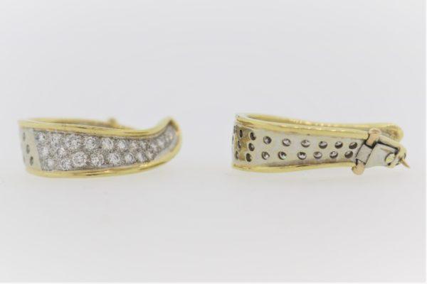 Ladies Diamond Earrings in 18K Gold