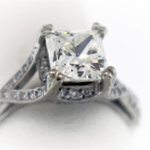 .58CTR Ladies Estate Collection Platinum Ring