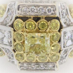 13.1G Ladies Fashion Ring in 18K Yellow Gold