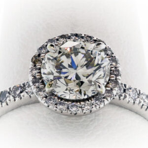 3.3G Ladies Engagement Ring in White Gold